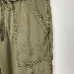 Anthropologie Pants - Anthropologie Hei-Hei cargo joggers olive green